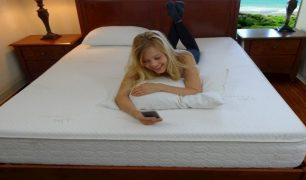 snuggle-pedic-memory-foam-mattress-image
